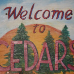 2-cedars-welcome-sign
